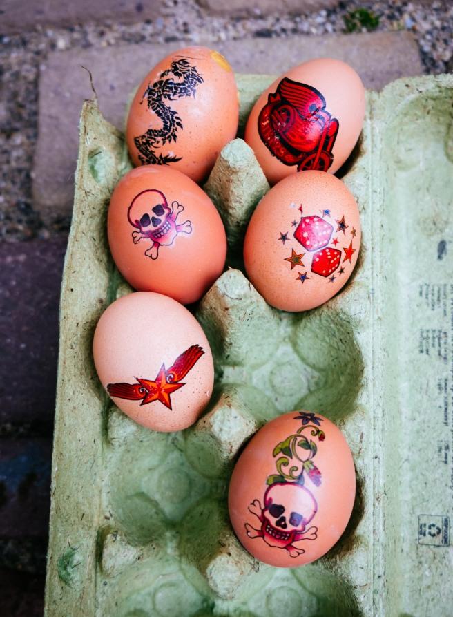 Eieren met tattoo